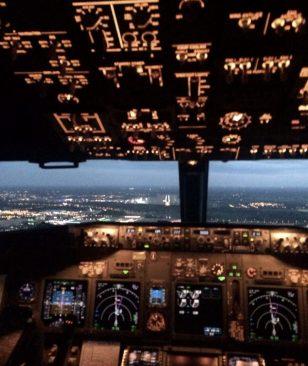 Landing in Eindhoven; veel knopjes